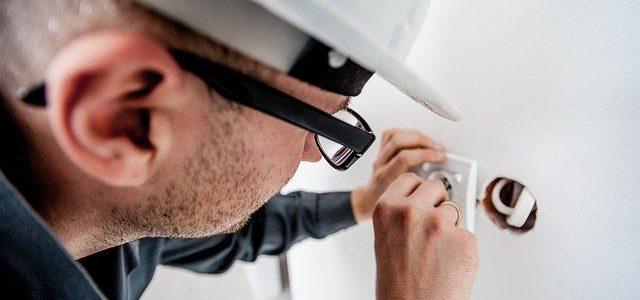 איך למצוא שירותי חשמל איכותיים
