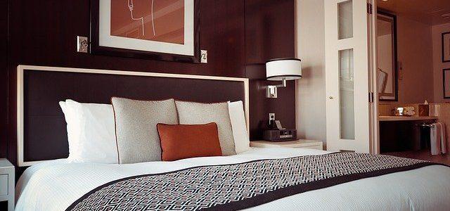 חשיבות כריות נוי לעיצוב חדר השינה
