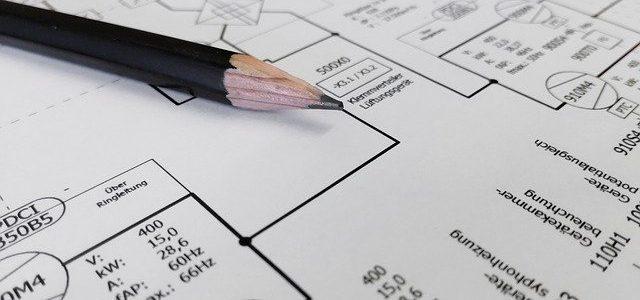 מי מוסמך לחתום על תוכניות חשמל?